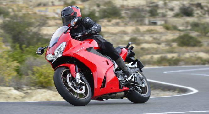 Обзор: мотоцикл Honda VFR 800