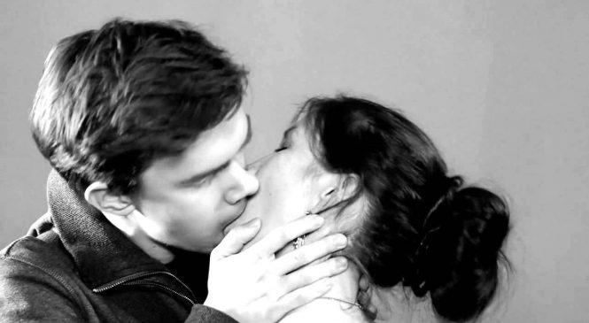 Универсальный совет по поцелую с девушкой